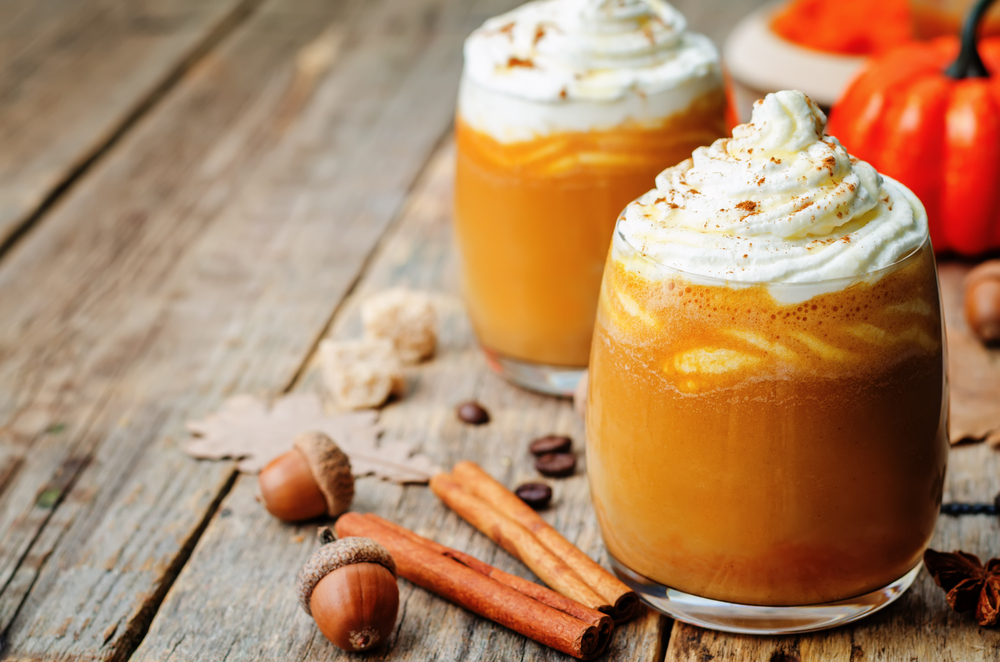 Water based recipes - Ice honey pumpkin spiced latte with whipped cream